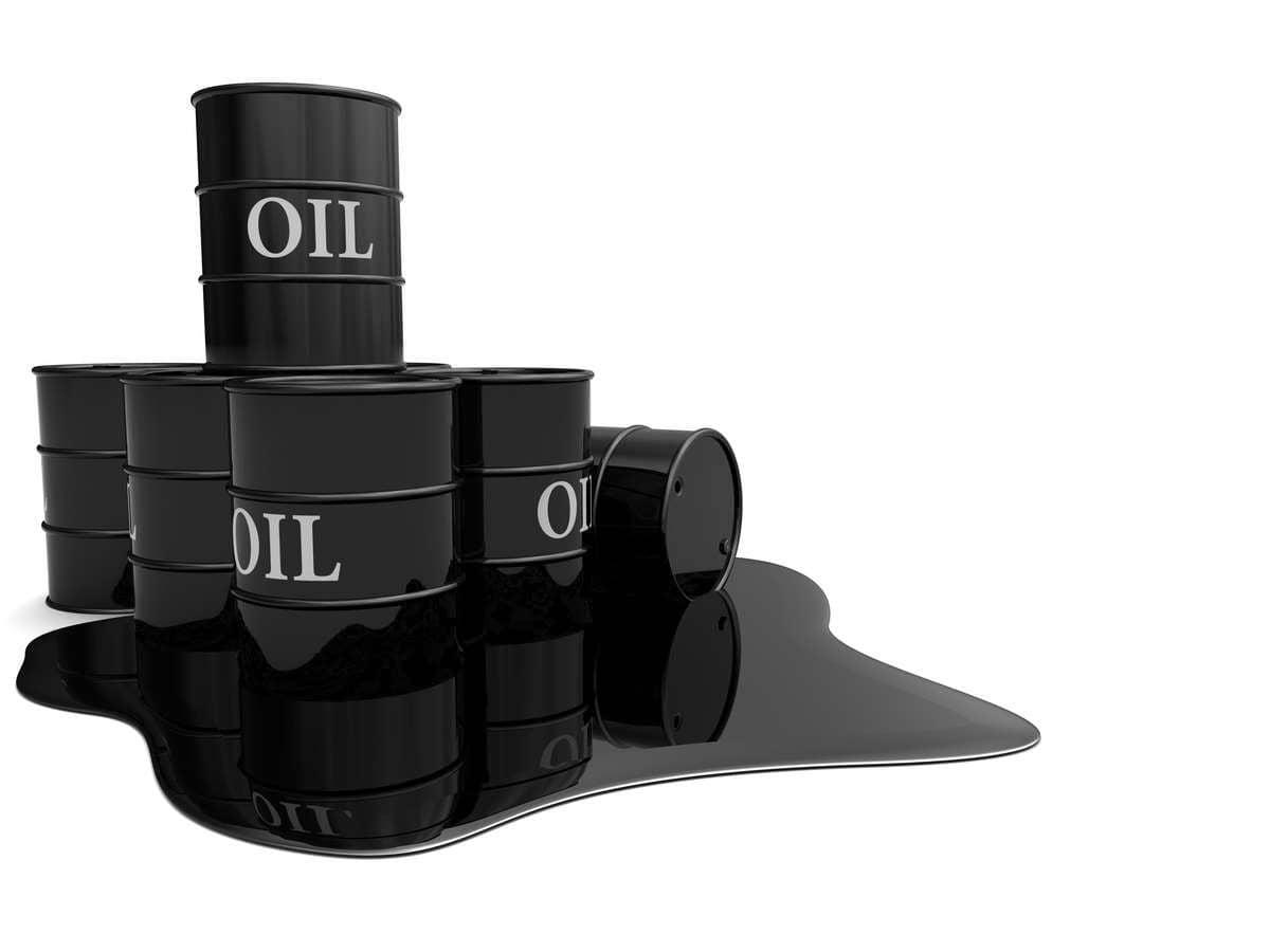 Цены на нефть начинают активно снижаться