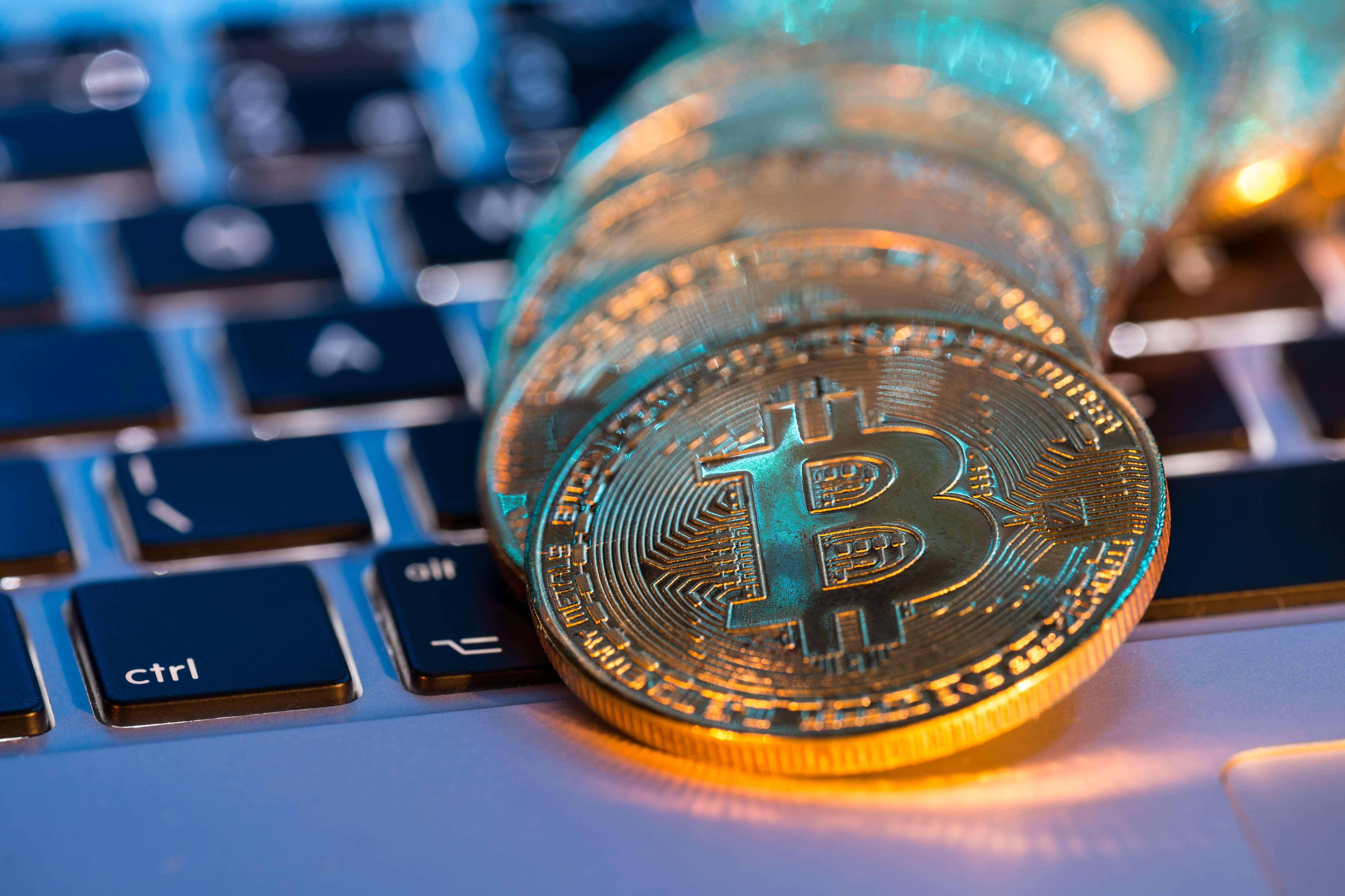 Как безопасно хранить криптовалюту